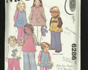 1970's McCalls 6286 Retro Preschool Clothes Pattern for Girls Size 2 UNCUT