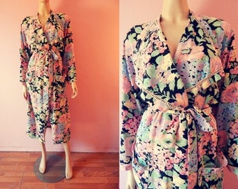 Victoria's Secret- Vintage Floral Satin Robe- Petite Small/Medium