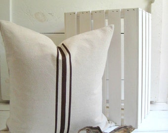 Grainsack Pillow / Brown Pillow / Nautcial Pillow / Grey Pillow / White Pillow / Black Pillows / Lakehouse Pillow / Beachy Pillow
