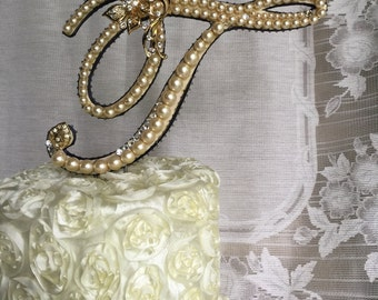 custom pearl monogram cake topper with lace and brooch cake toppers monogram cake toppers toppers for wedding cakes and birthdays