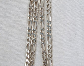 """sterling silver 18""""  Figaro chain necklace Italy 18.5 grams"""