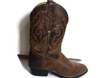 Cowboy boot, Farmhouse Clock, Country Clock,  Brown Leather Cowboy Boot, Desk Clock, Country Western, Upcycled,  eco-friendly