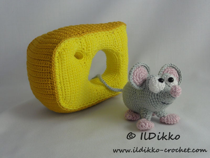 Amigurumi Crochet Pattern Manfred the Mouse