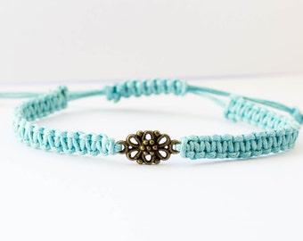 Summer gift bracelet | Macrame flower charm bracelet | Friendship bracelet | Macrame bracelet | Charm bracelet | Boho bracelet