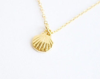 Tiny Gold Shell Everyday Necklace with free gift box, solitaire minimalist simple delicate tiny