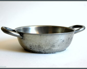 Early 1800s Continental pewter bowl, by Jean Baptist Duvivier.  Georgian porridge bowl.