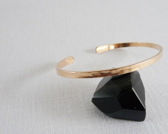 OVAL BRACELET - Hammered Gold Cuff Bracelet - 14k Gold Filled