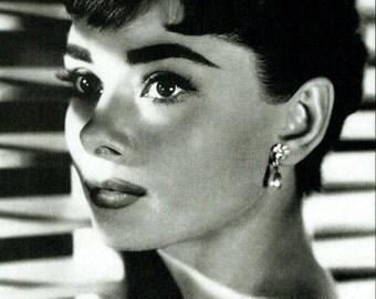 Audrey Hepburn Poster (Small poster)