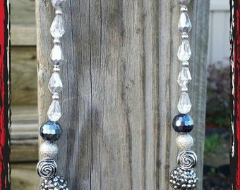 CLEARANCE ITEM - Shades of Grey Necklace