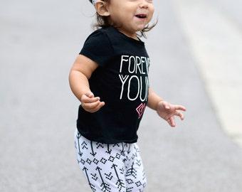 Arrow Baby Leggings/ Toddler Leggings/ Baby Girl Clothes/ Newborn Girl/ Baby Pants/ Newborn Leggings/ Baby Girl Leggings/ Baby Gift