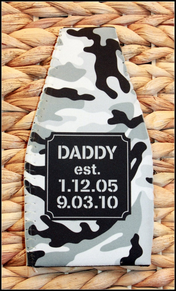 Christmas Gifts for Dad Masculine Personalized Bottle Insulator Gifts for Dad and Grandpa Beer Bottle Sleeve Bottle Coolie Camo Valentines