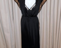 Vintage 1970s Seductive Lingerie Set. Night Dress and Robe in Black and Gold