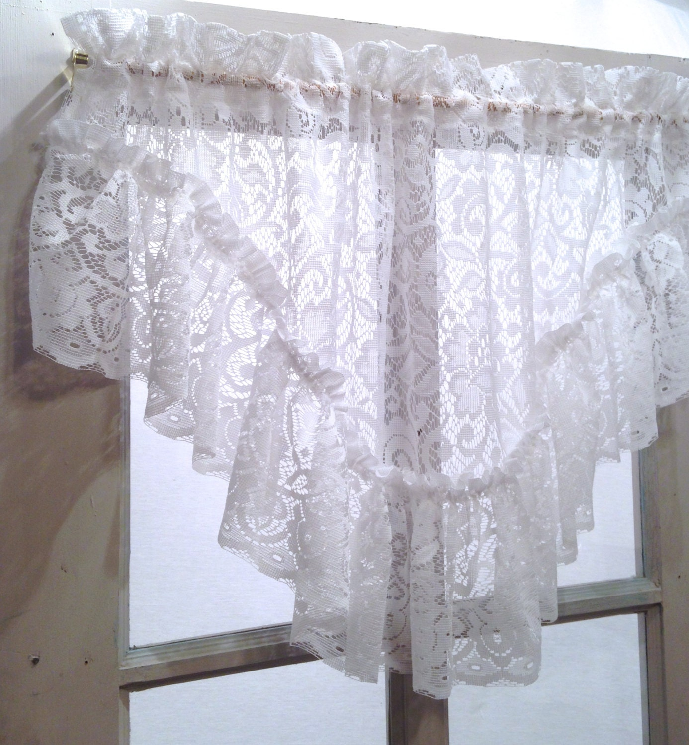 Victorian White French Shabby Chic Lace Ruffled Valance