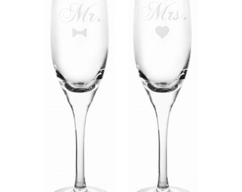 Mr and Mrs Engraved 6 oz Champagne Flutes (Set of 2)