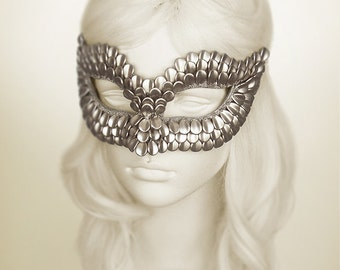 Silver Masquerade Mask With Dragon Scales Texture -  Metallic Venetian Mask Decorated With Silver Flake Beads