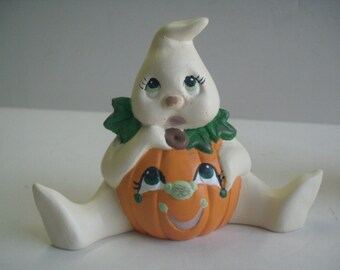 Sitting Ghost Ceramic figurine Halloween decoration Pumpkin Costume Whimsical child gift
