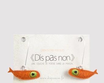 Loops-ears small orange fish