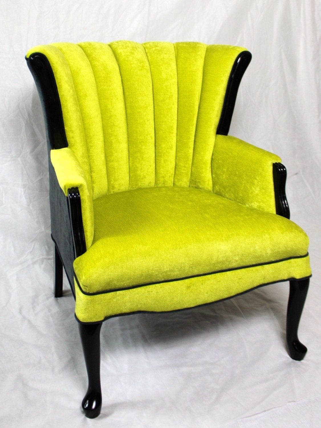Wing back chair vintage -  Zoom