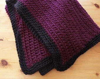 Large Chunky Crochet Blanket in Plum // READY TO SHIP