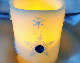 Snowflake LED Candle - Flameless Vanilla Scented 4 inch Candle - Candle With Snowflakes - Snowflake Home Accent - Snowflake Home Decor