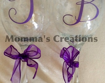 Personalized wine glass. Great for showers, parties, bridesmaids, Mr&Mrs gift, wedding gift