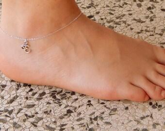 Silver om ankle bracelet anklet minimalist spiritualist yoga anklet, ankle bracelet everyday simple charm, sterling silver chain charm 499