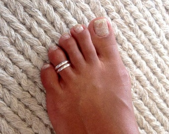Beautiful Sterling Silver Toe Ring - Adjustable Toe Ring - Plain Toe Ring - Foot Accessories - Midi Toe Ring - Band Toe Ring - Toering (T6)