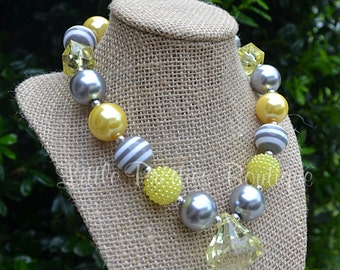 Bubblegum Necklace, Chunky Necklace, Yellow Necklace, Kid's Necklace, Children's Necklace, Girl's Necklace, Yellow and grey necklace