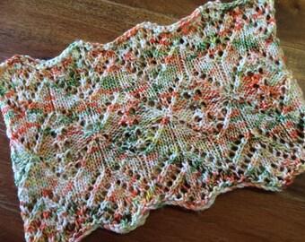 Knitting Pattern/Diamond Cowl