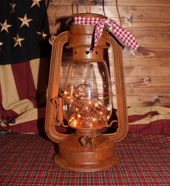 XL Lantern . Primitive.Country Decor . By TwiggysCountryCrafts