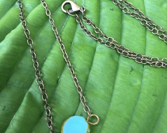 Simple boho necklace with turquoise flat bead and bronze chain