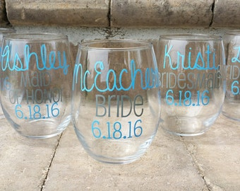 Wedding Party, Bridesmaid Wineglasses, Bridesmaid glasses with date