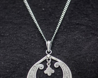 Stunning Art Nouveau Floral Antique Silver Pedant Hippie