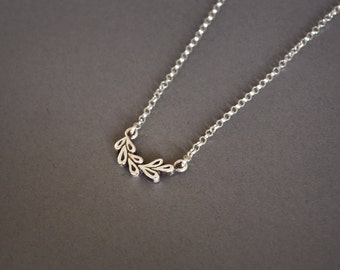 Small Tiny Leaves Silver Necklace, Leaves Necklace Nature, Little Leaf Pendant Silver Boho Necklace Dainty Jewelry Bohemian Necklace,Women