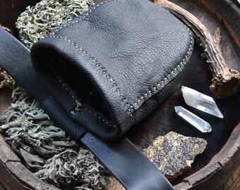 Leather belt pouch, utility belt, gathering pouch, harvesting pouch, dog treat pouch, hip bag, Unicorn Vibration, black, treat belt pouch