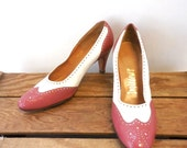 Charles Patou / Ingledew's Vintage 80s does 1950s Wing Tip Leather Pumps - Women 8.5 B / 2A