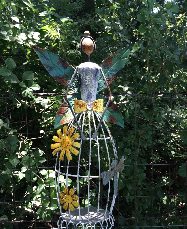 Garden angel metal yard art rustic shabby chic garden decor for Daylight designs metal garden art