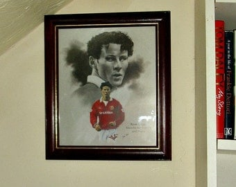 Ryan Giggs Manchester United Football Club Framed Print Sketch Sport Memorabilia Collectable Soccer Vintage Printed Signature Of Artist