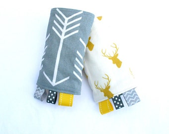 Arrows Reversible Drool Pads, Archer Teething Pads, Strap Covers, Baby Wearing, Baby Carrier, Arrows and Elk Tula Strap Cover