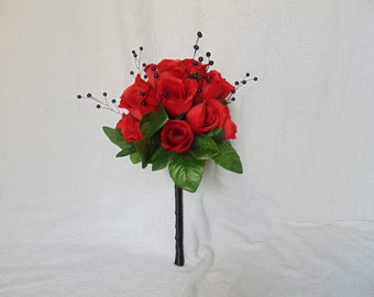 Red Rose Bouquet - Black and Red Bouquet - Romantic Bouquet - Rose Bouquet - Bridal Bouquet - Red Roses