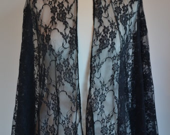 "Lace cape ""Shadow"""
