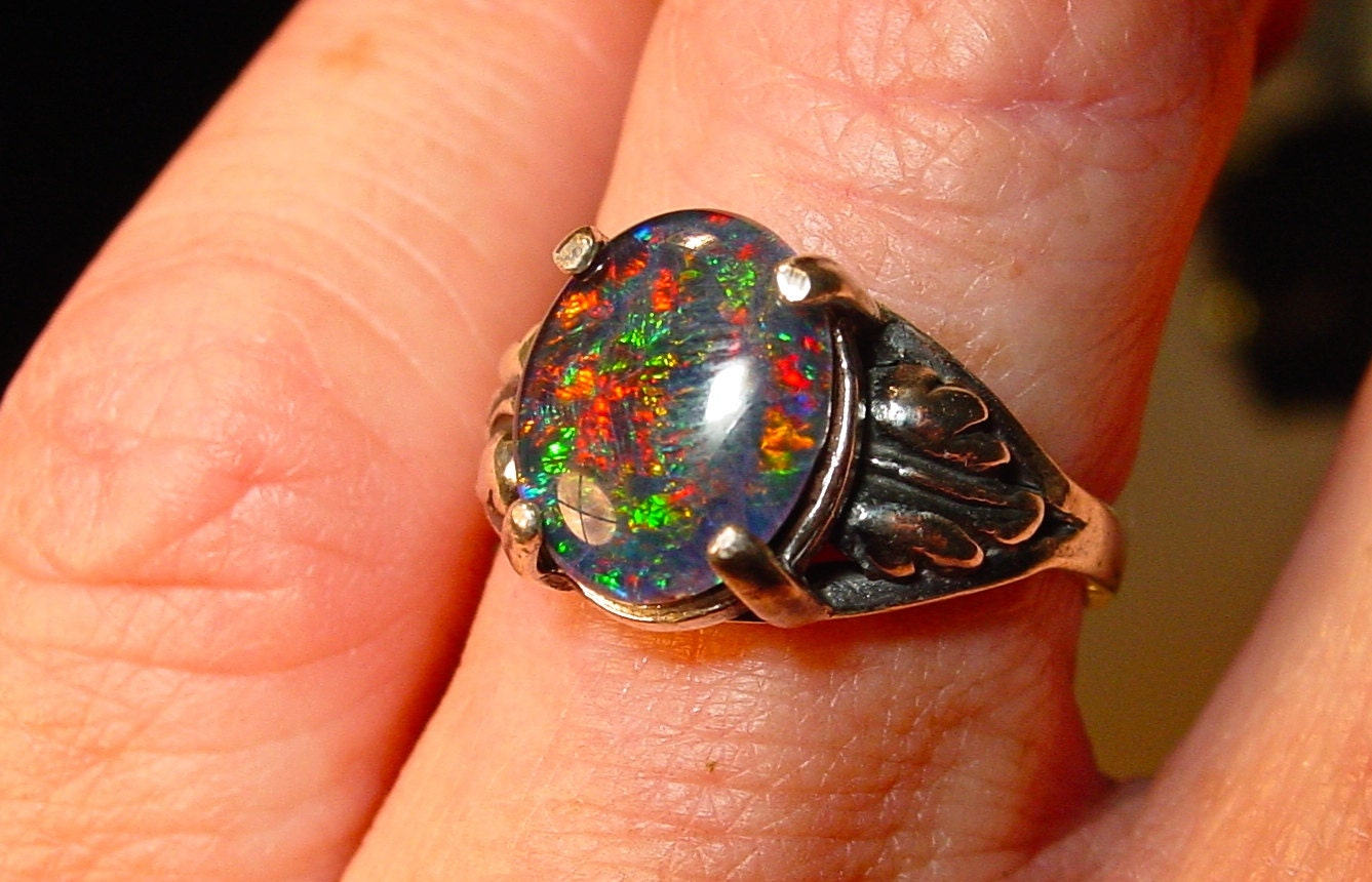 Spectacular Genuine Australian Natural Opal ring Would make a