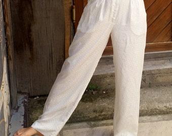 VINTAGE White 90s Pants // S size