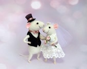 Needle felted mouse , Couple mice , Wedding mice , Cake topper ,  Family mice , Couple in love , Anniversary gift , Mr. & Mrs. , animal