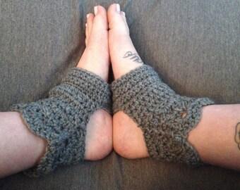 Crochet Yoga Socks, Handmade Socks, Toeless Yoga Socks, gray