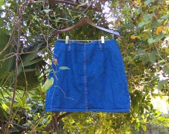 ADORABLE Vintage Denim Miniskirt