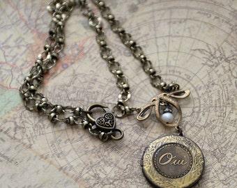 Oui Locket Necklace, French Charm Locket, Art Nouveau Locket, Vintage Inspired Locket Necklace, Keepsake Locket Necklace, gift for her SRAJD