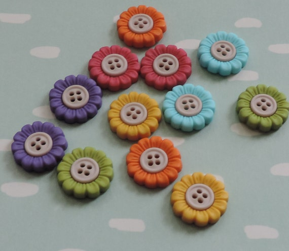 "Flower Buttons, ""Sew Cute Sunflowers"", Packaged Novelty Button Package by Dress It Up Jesse James, Includes Assorted Colors, 4 Hole Buttons"