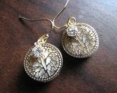 Gold earrings dangle | filigree | agate | nature inspired | rhinestone