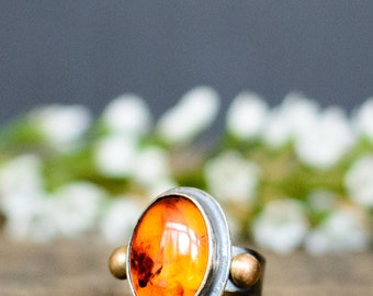 Amber Cocktail Ring with 14K Gold Accents - Sterling Silver and 14K Gold Amber Ring - Right Hand Ring - Baltic Amber Jewelry - Antique Look